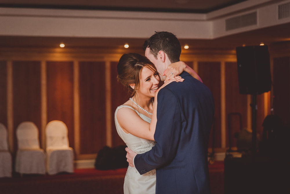 wedding-photographers-radisson-blu-st-helens-dublin-139.jpg