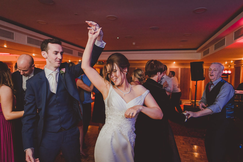 wedding-photographers-radisson-blu-st-helens-dublin-140.jpg