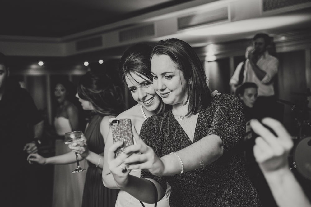 wedding-photographers-radisson-blu-st-helens-dublin-142.jpg