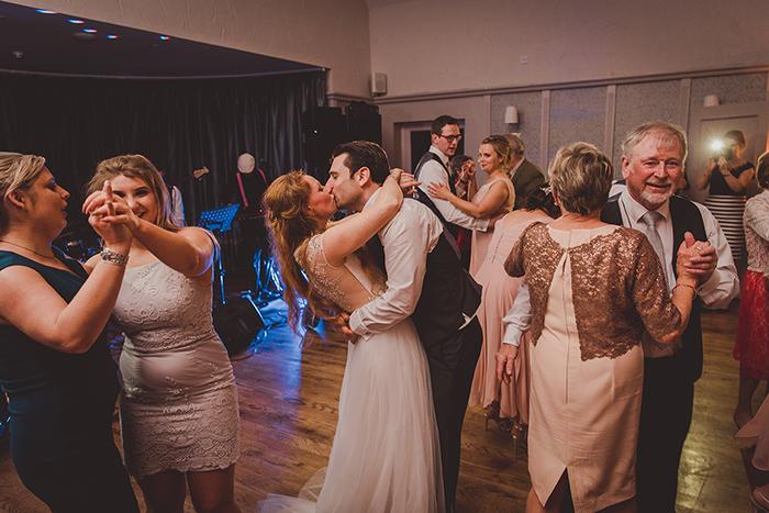 wedding-photographer-ireland-211.jpg