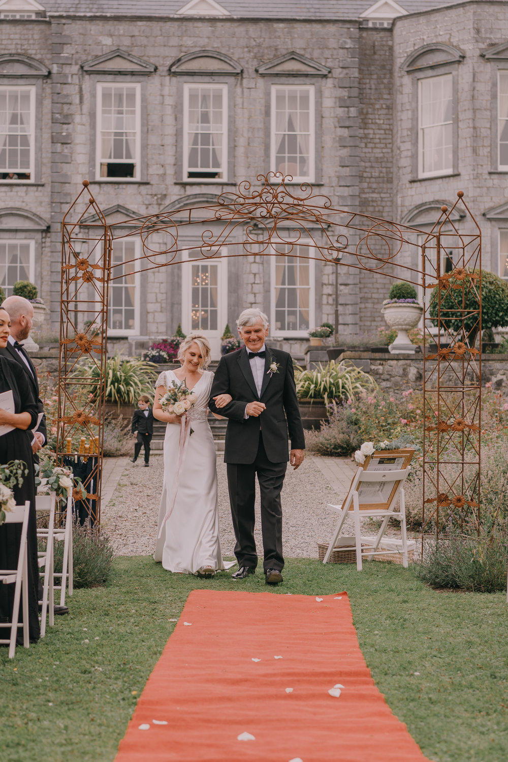 destination-wedding-photographers-castle-durrow-ireland099.jpg