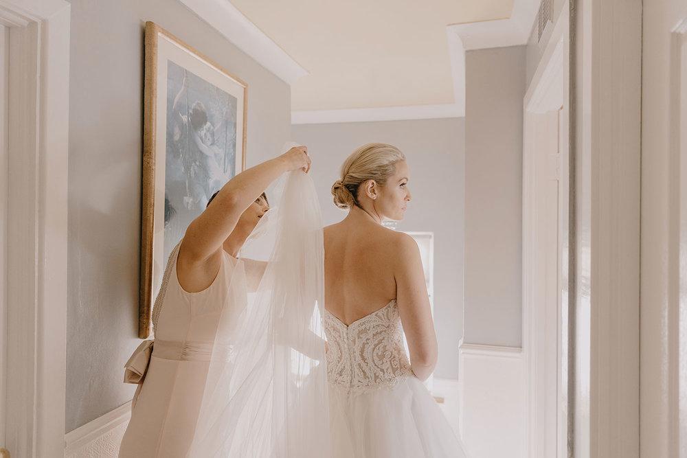 clontarf-castle-wedding-photographer-032.jpg