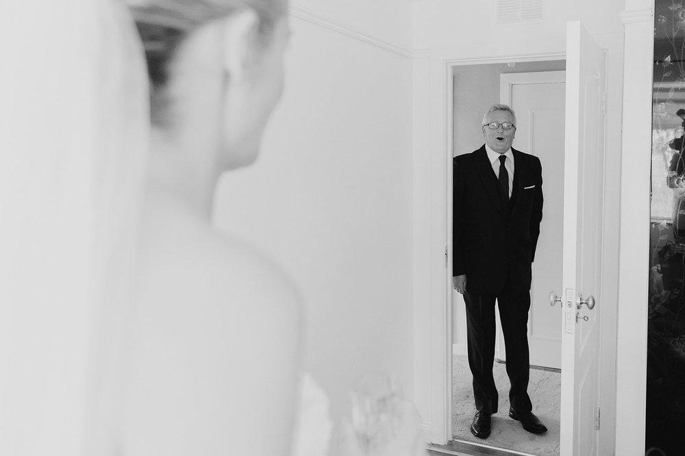 clontarf-castle-wedding-photographer-035.jpg