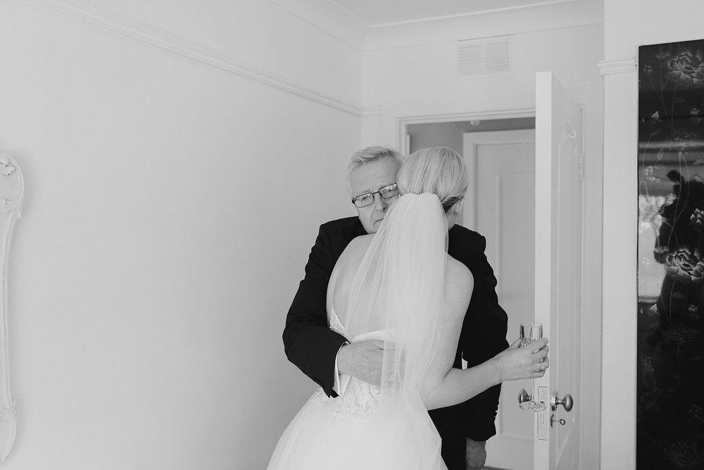 clontarf-castle-wedding-photographer-036.jpg