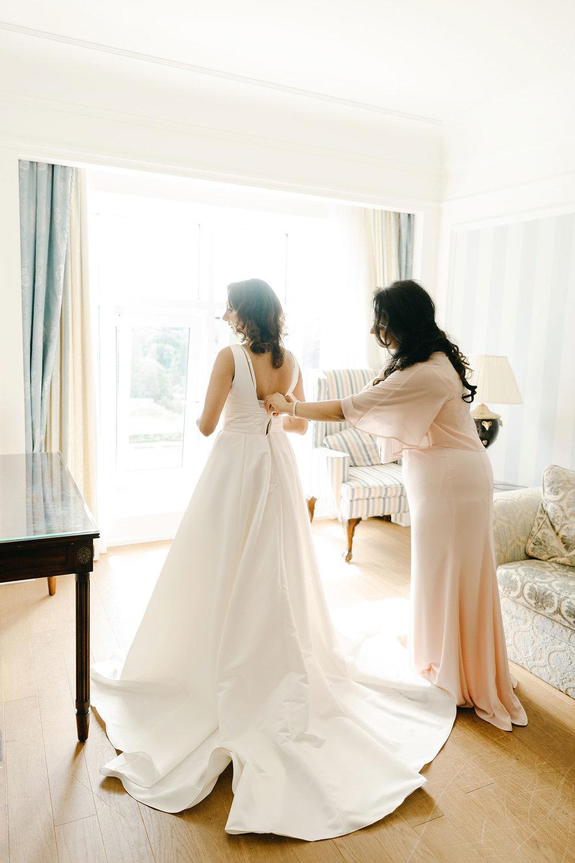 powerscourt-hotel-wedding-photographer-0035_0785.jpg