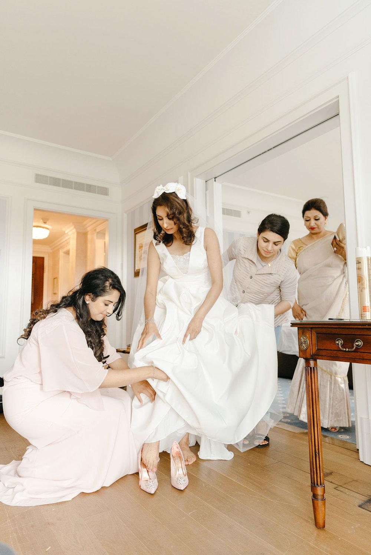 powerscourt-hotel-wedding-photographer-0040_0790.jpg