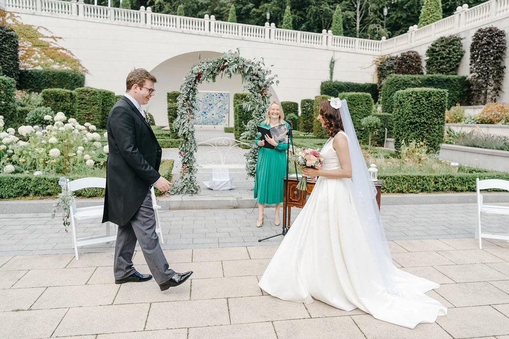 powerscourt-hotel-wedding-photographer-0055_0805.jpg