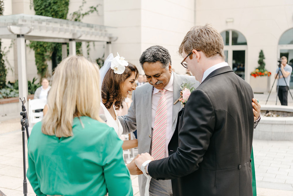 powerscourt-hotel-wedding-photographer-0068_0818.jpg
