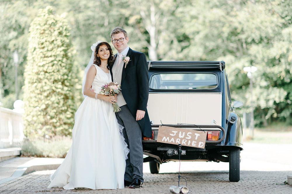 powerscourt-hotel-wedding-photographer-0094_0844.jpg