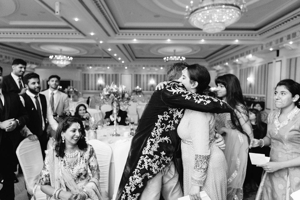 powerscourt-hotel-wedding-photographer-0170_0920.jpg