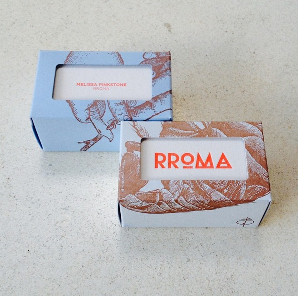 rroma-fashion-clothing-graphic-business-cards