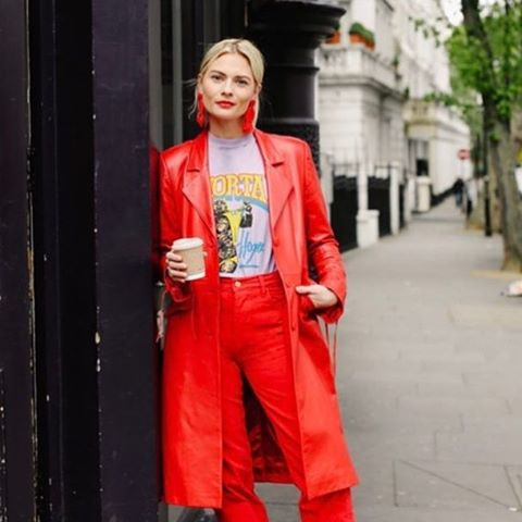 ❤🌟️❤️🌟❤️ @pandorasykes lady in red wearing the #melissapinkstone #leathercoat #londondesigner 👏🏽📸 #supercool #ladyinred