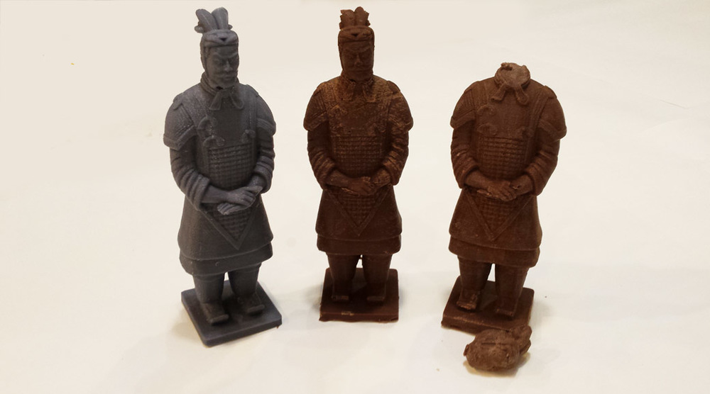 The Finished Chocolate Terracotta Warriors and the 3D Printed Original