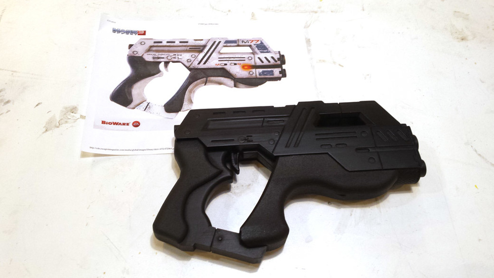 Back Base Coat of Cosplay Mass Effect Pistol