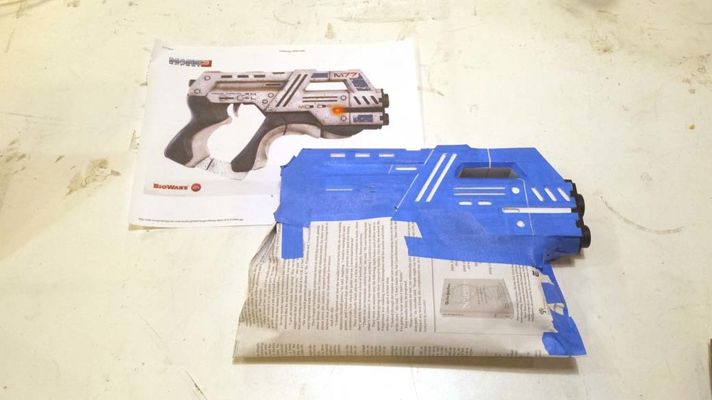 Final detail masking for 3D Printed Cosplay Mass Effect Pistol