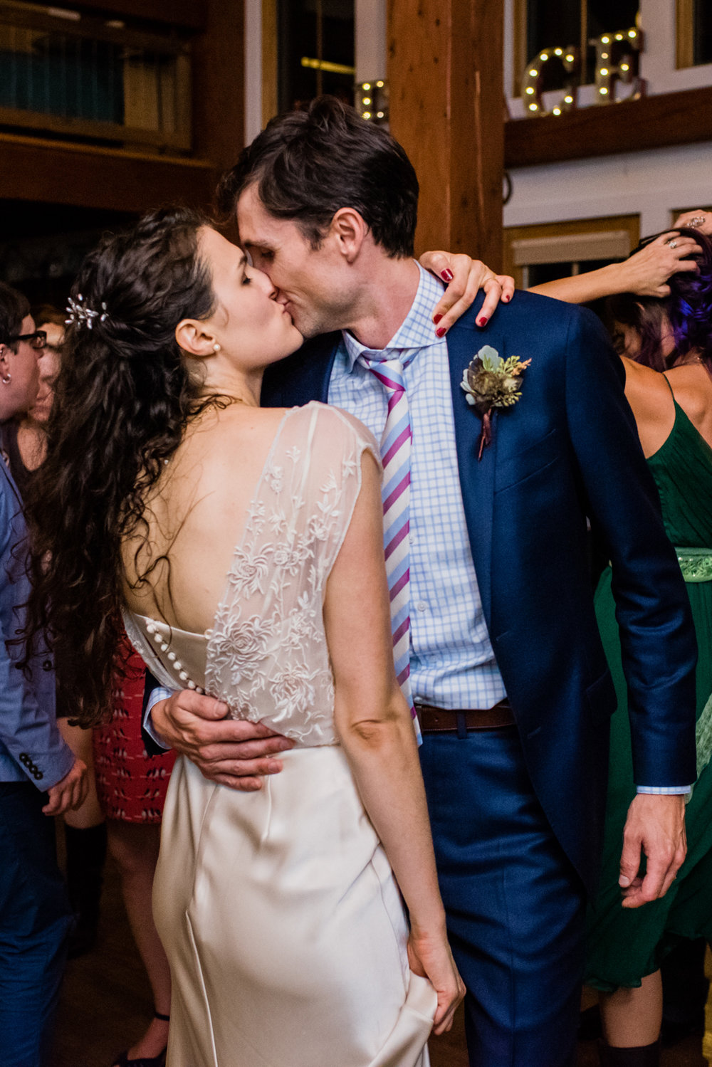 Stefy Hilmer Photography -bride and groom kissing.jpg