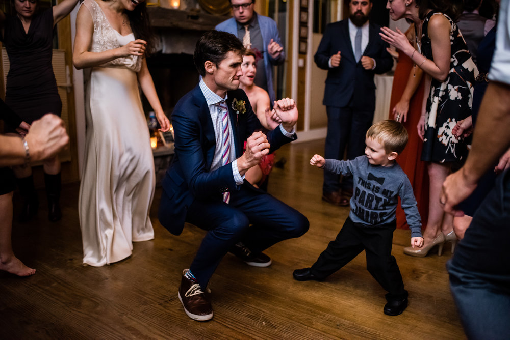 Stefy Hilmer Photography -groom is dancing with little boy.jpg