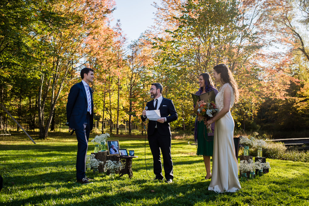 Stefy Hilmer Photography -wedding officiant marriying bride and groom.jpg