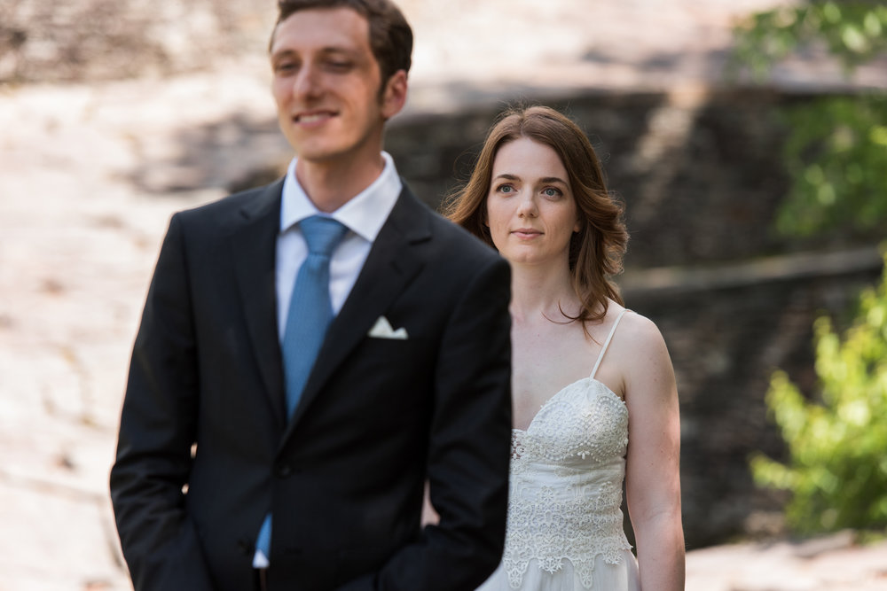 Stefy Hilmer Photography-frist look with bride and groom at Opus 40.jpg