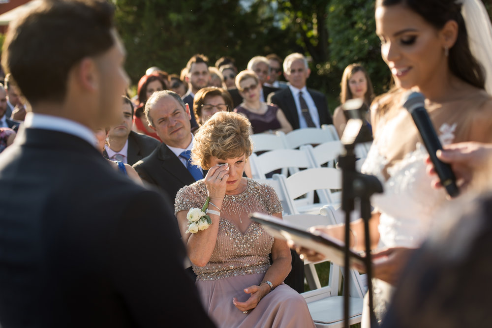 Stefy Hilmer Photography-mom's reaction during wedding ceremony.jpg