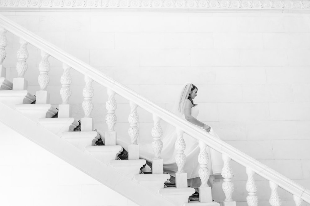 Stefy Hilmer Photography-bride walking down the stairs.jpg