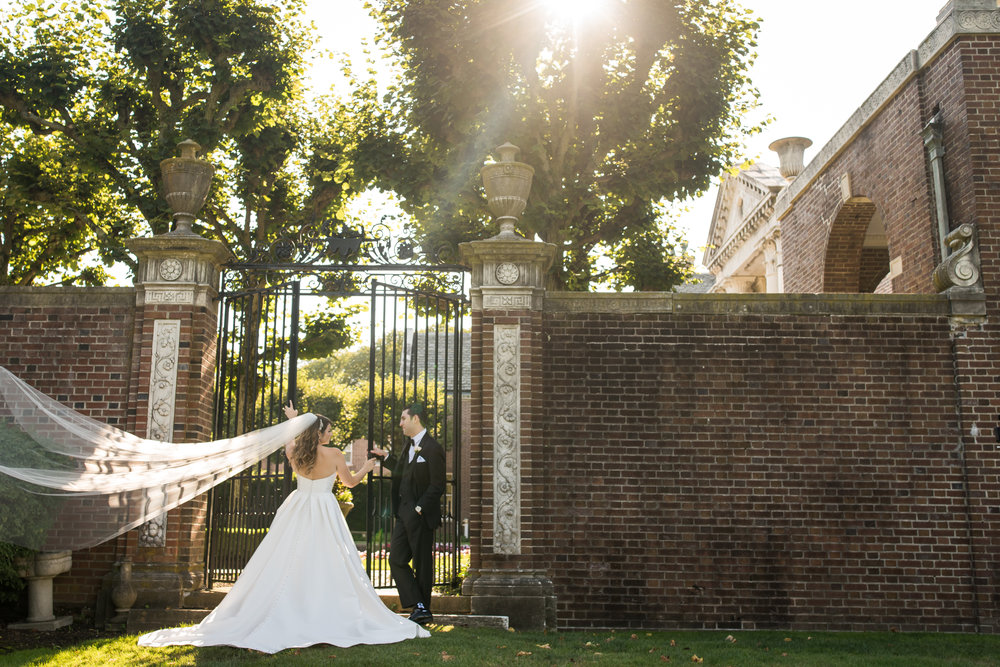 Stefy Hilmer Photography-portrait of bride and groom in garden.jpg