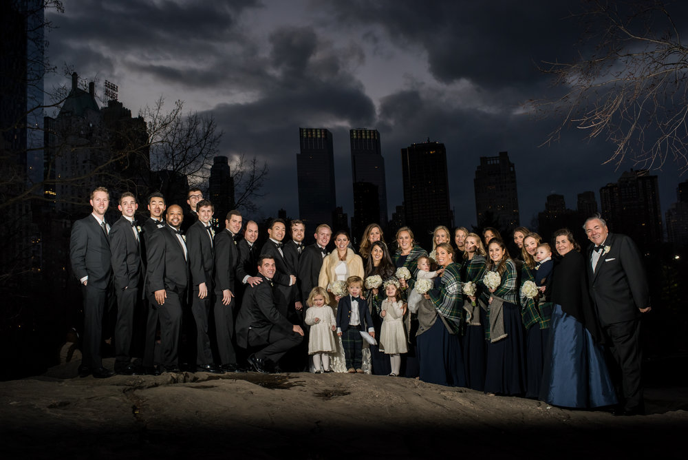 Stefy Hilmer Photography-family photo with manhattan skyline.jpg