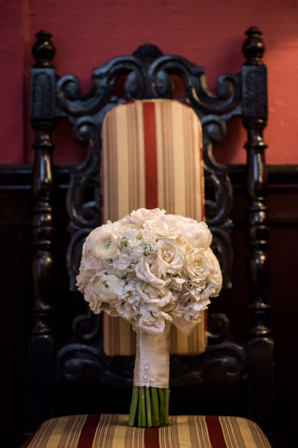 Stefy Hilmer Photography-winter wedding bouquet.jpg
