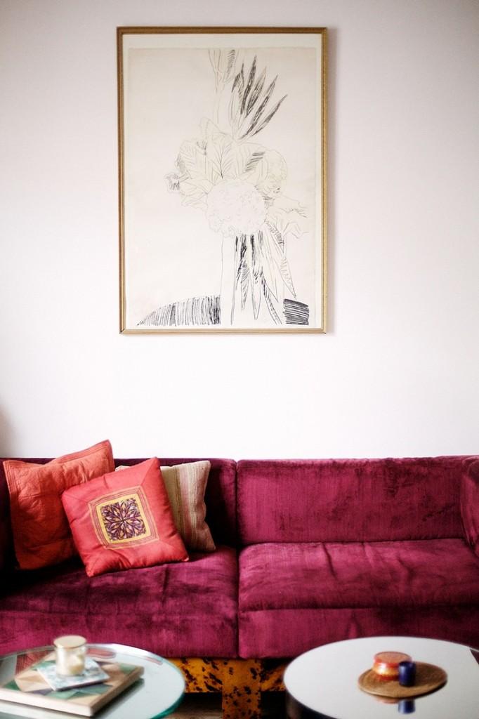 rue mag sofa