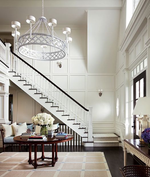 Foyer Grand Format : Interior inspiration staircase style — the decorista
