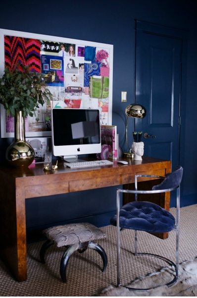 Office Space Of The Day Nailing Navy The Decorista
