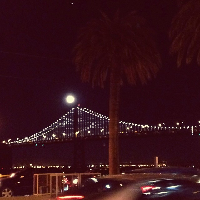 sfo moon