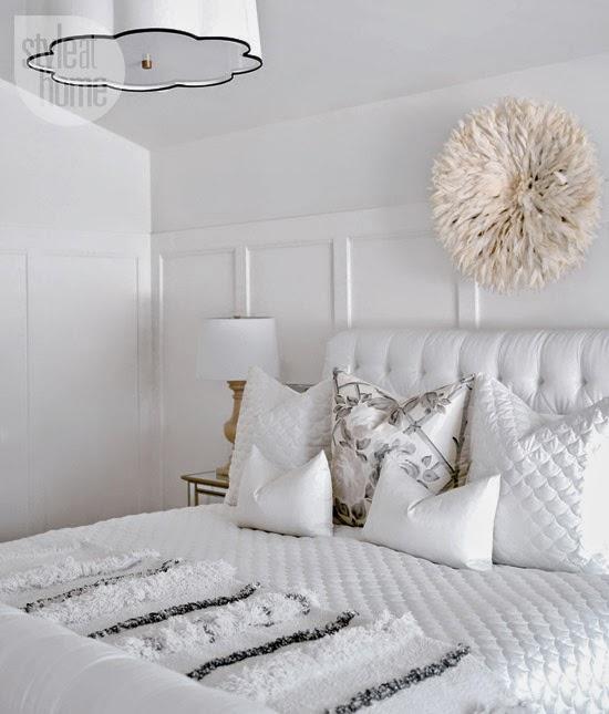 interior-whitebeige-bed