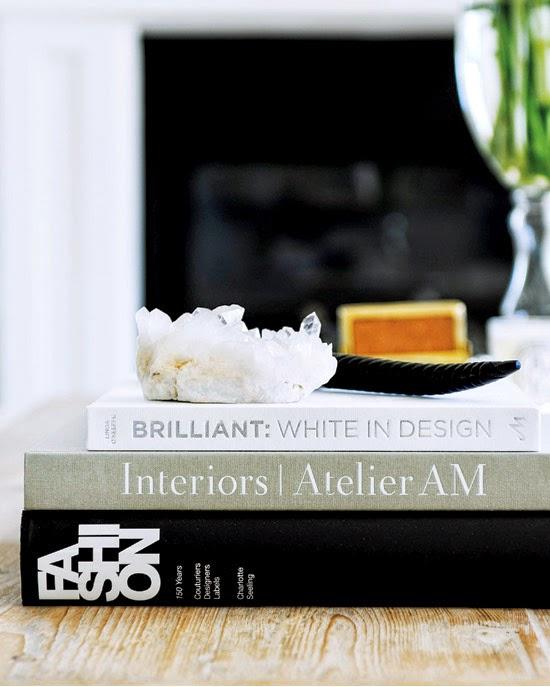 interior-whitebeige-books