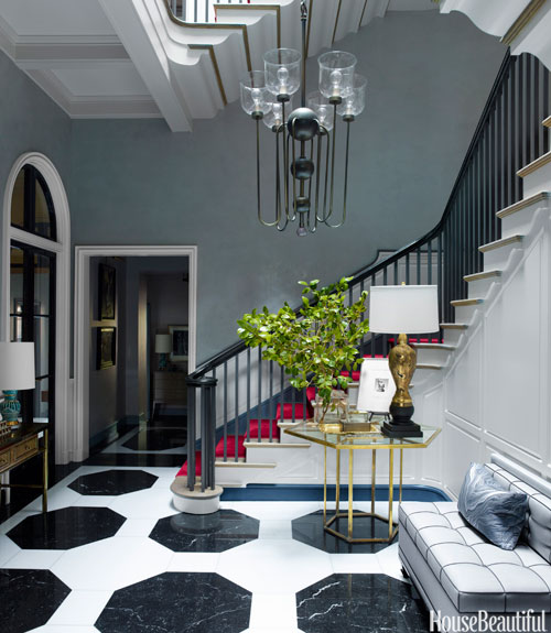 03-hbx-black-and-white-marble-floor-gambrel-0214-xln