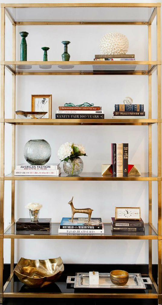 How to style a brass etagere the decorista lauren leonard solutioingenieria