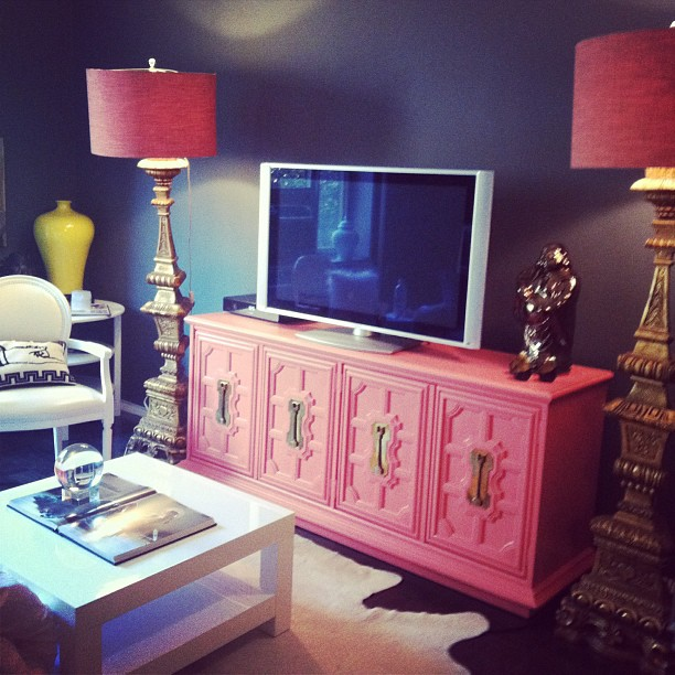 NYC apartment - pink side table + lampshades