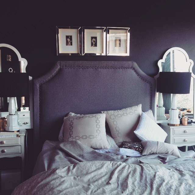 black walls in bedroom