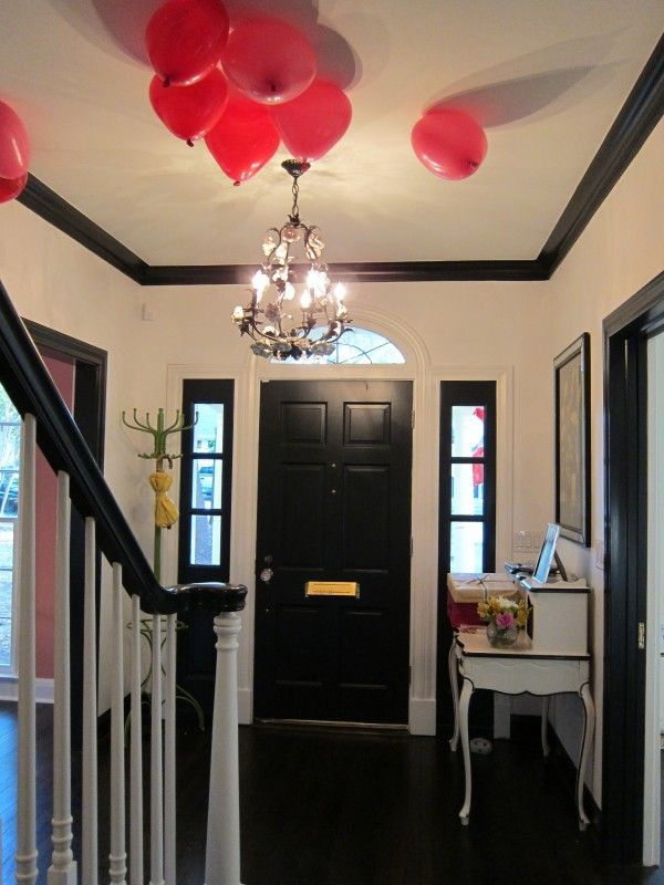Design Inspiration Black Molding White Walls The