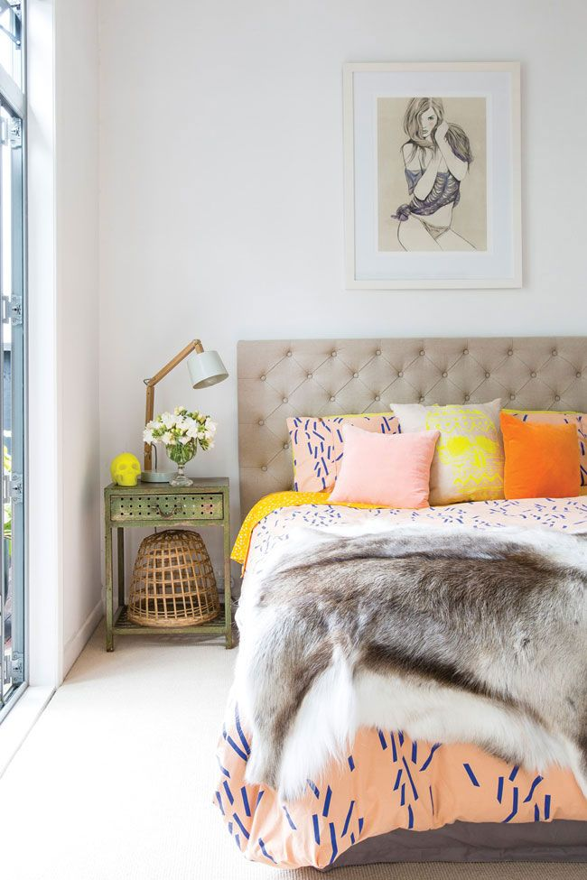 9 Pile On The Pillows No Matter What Room It Is More Merrier Textures And Fabrics Are A Make Space Feel Bohemian So Dont Be Shy