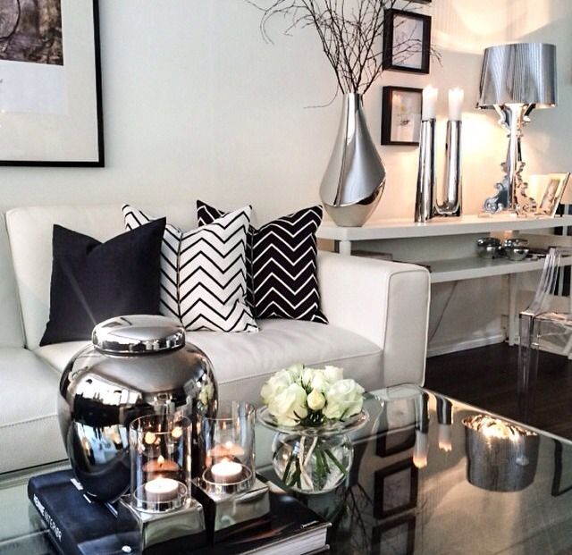 Modern Glam Pillows : Decorating advice: Elements of modern glamour ? The Decorista