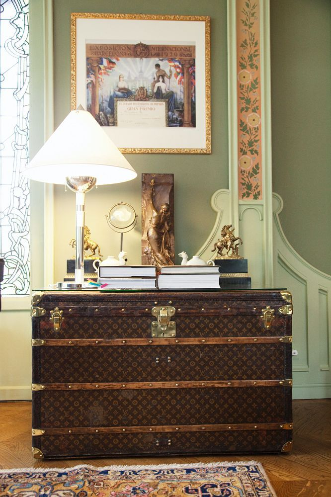 Fashionable home accents: the Louis Vuitton trunk — The ...