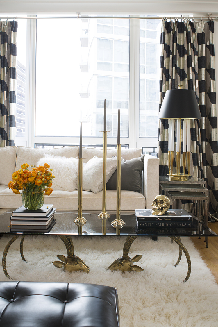 Art Décor: Decorating Chicago: The Art Of Modern Glamour