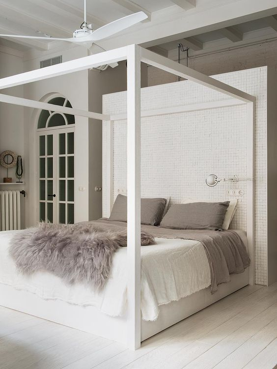 Doesnu0027t a canopy bed just make such a beautiful statement? Get inspired with me to create a sanctuary of your own with a beautiful canopy bed. & Currently crushing on canopy beds u2014 The Decorista