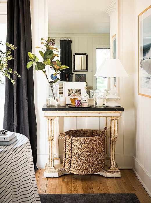 I also love how she styles her shelves and tables. Styling well is so  important. OKL is probably another fabulous place to score accents for  styling.