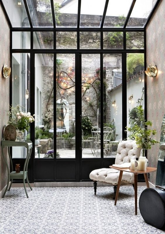Indoor Outdoor Chic: 12 outdoor rooms that you will want to move ...
