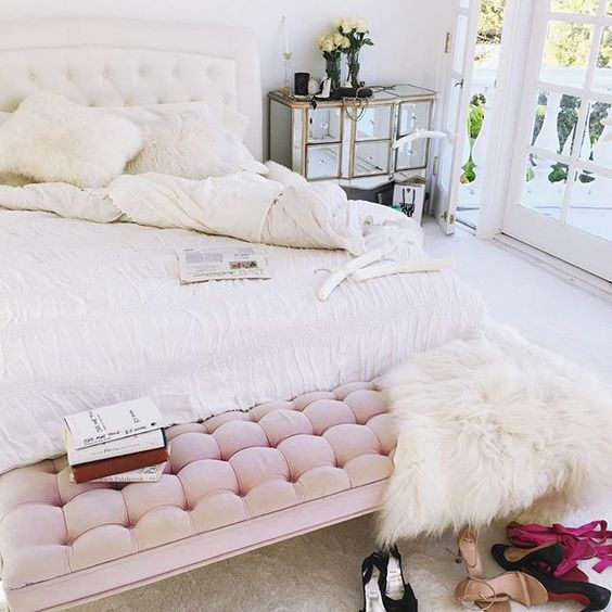 This Morning, The Only Thing I Was Still Thinking About Was Adding Some  Blush To My Bedroom. Blush Pink Is So Feminine And Pretty And I Want More  Of That In ...
