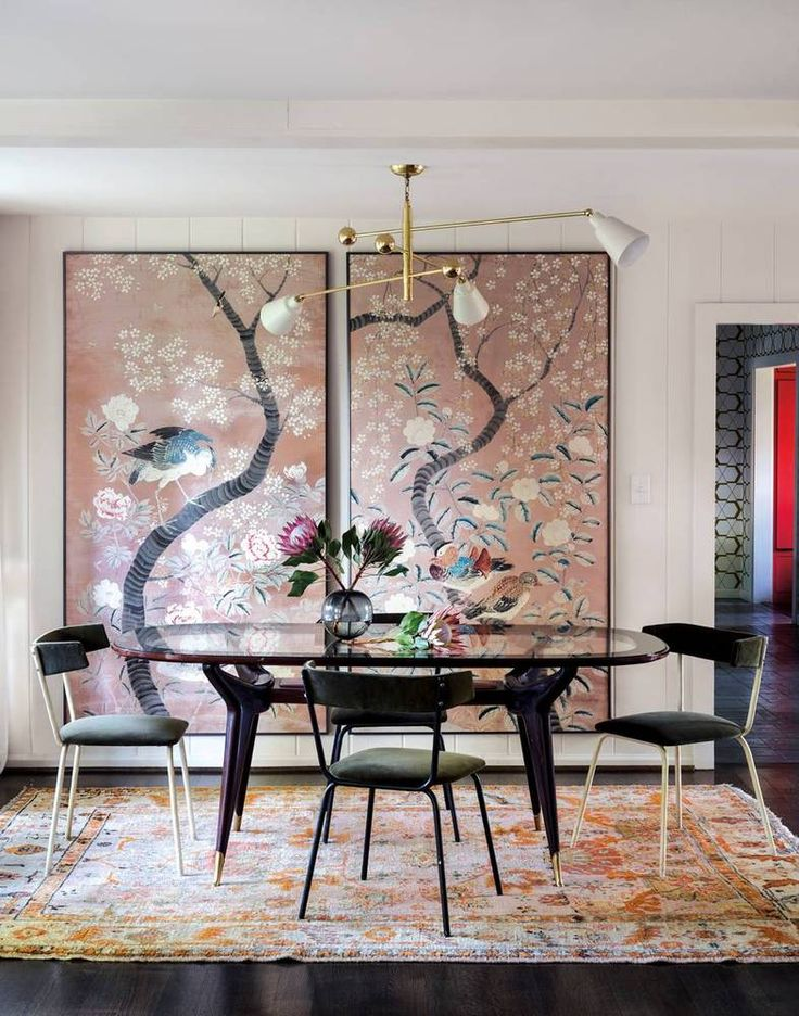 inspired decorating having a moment with chinoiserie the decorista rh thedecorista com Chinoiserie Elements in a Living Room Chinoiserie Wallpaper