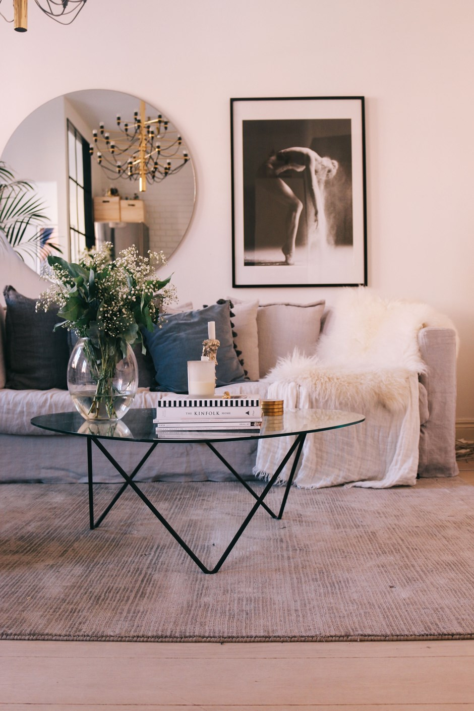 blissful living perfecting the art of coming home the decorista so when i come home i can take a long lay on my sofa and just breathe it s the best feeling