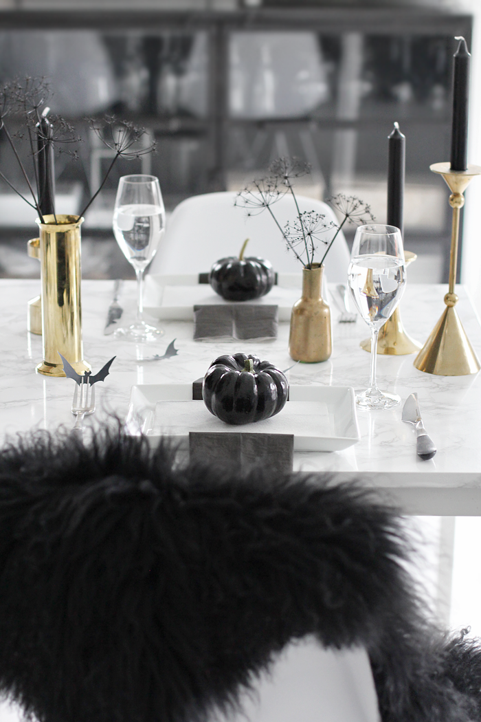 table setting halloween